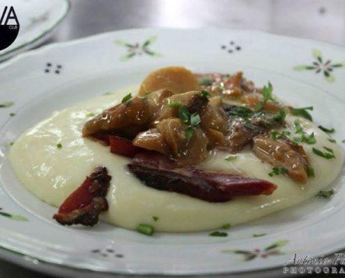 crema di patate con funghi e spek